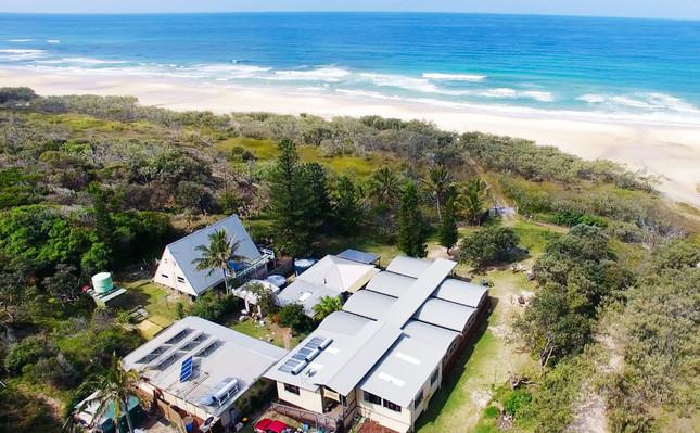 Fraser Island Family Tour deals