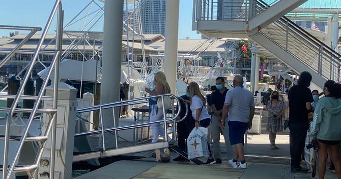 Miami Skyline South Beach 90min Millionaires Cruise & Hop On Hop Off Bus Tour Deals