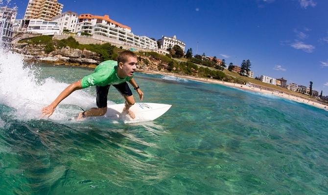 Sydney surf lesson tours