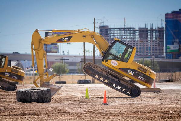 Excavator Smash Session deals