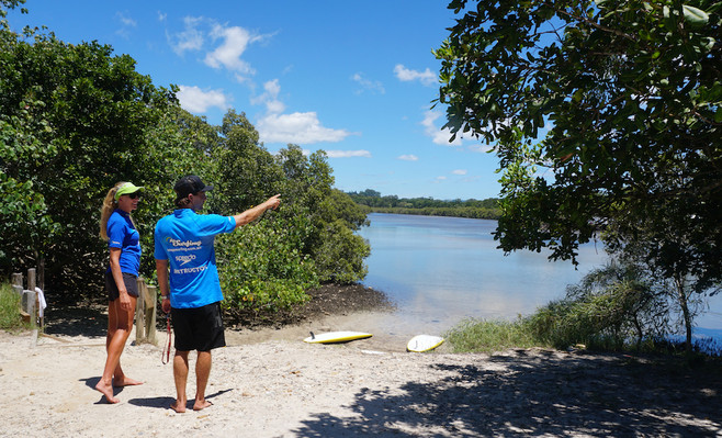 Byron Bay stand up paddle boarding tours