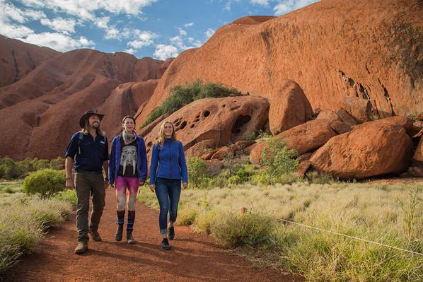 Tours to Uluru 6 Days 5 nights