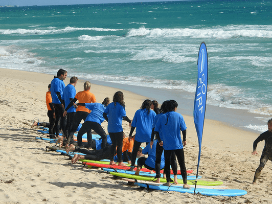 best perth surfing lessons