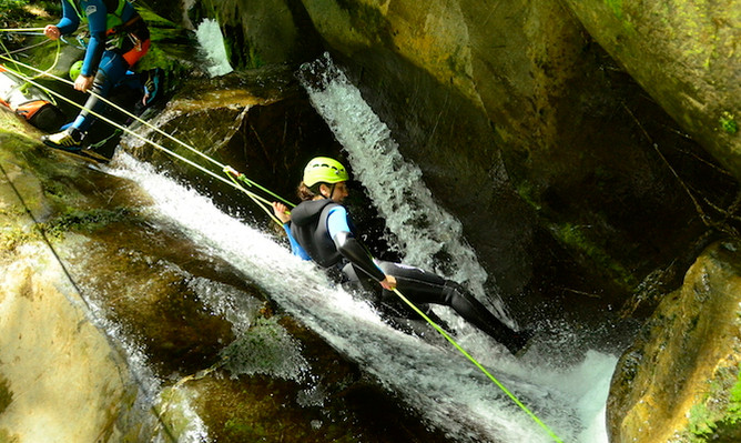 Queenstown canyoning deals