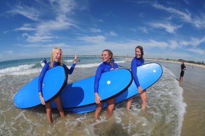 Beginner Surf Lesson Gold Coast