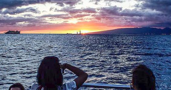 Honolulu Sunset Cruise deals