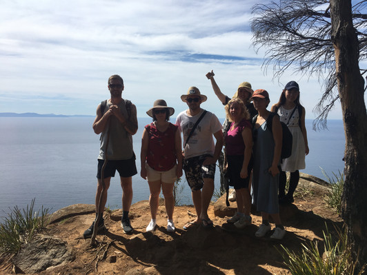 bruny island day tour group