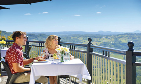 Sunshine Coast Scenic Food & Wine Tour with Lunch