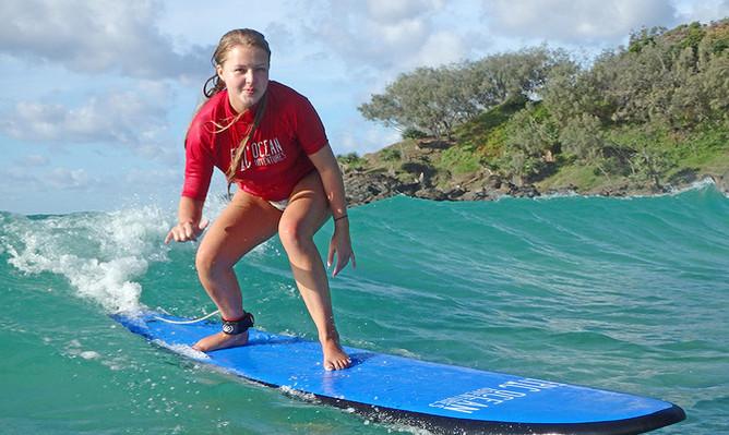 Surf Lesson & 4WD Adventure on Rainbow Beach