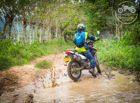 motorcycle rental colombia