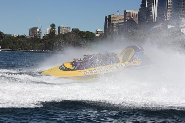 Sydney-Harbour-jet-boat-ride