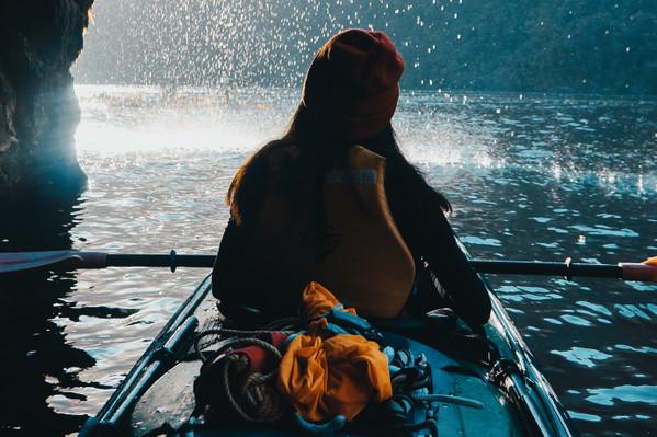 Te Anau kayaking tour
